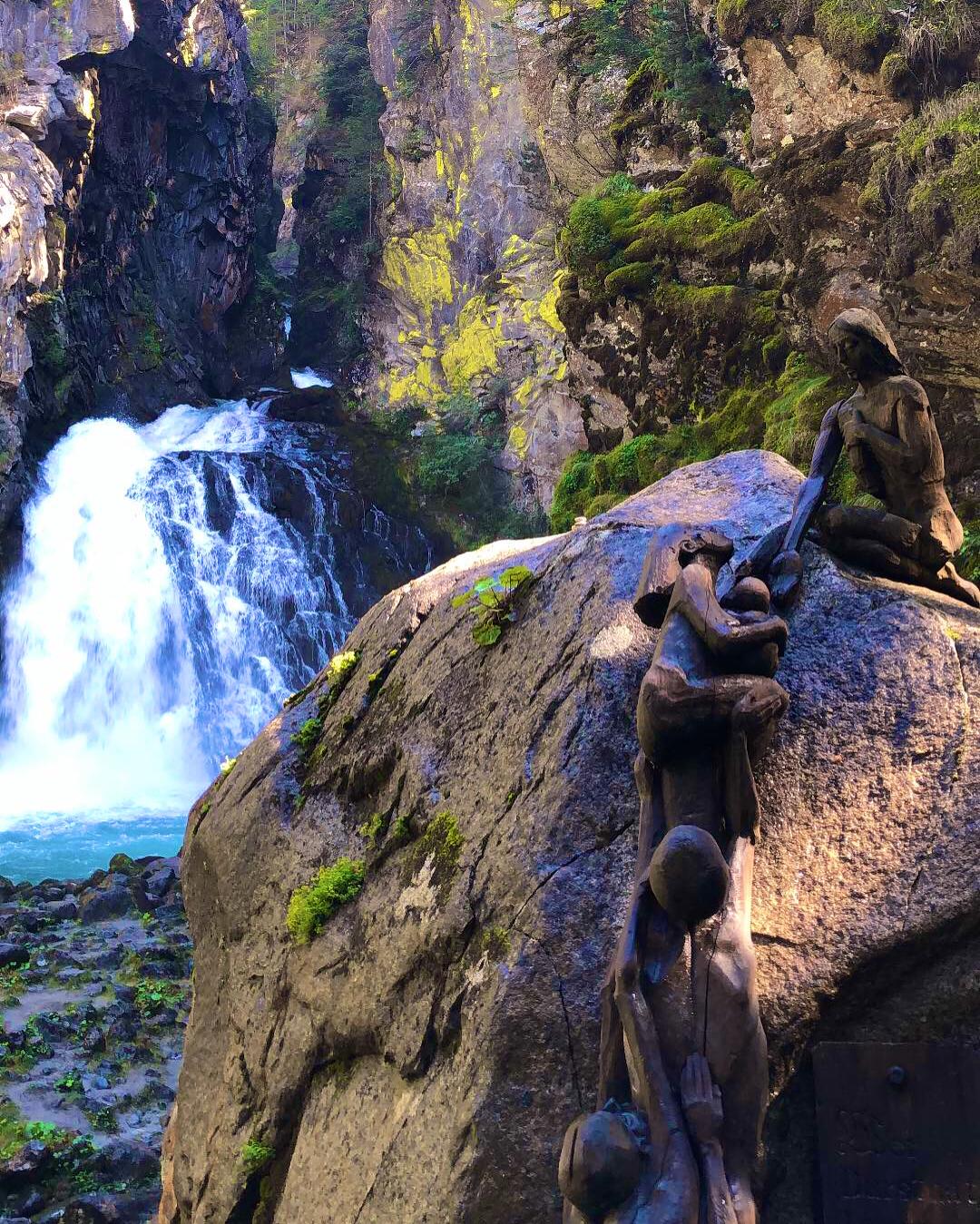 شلالات Cascate di Riva